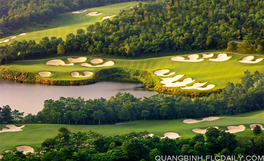 Mission-Hills-Golf-Club-the-forest